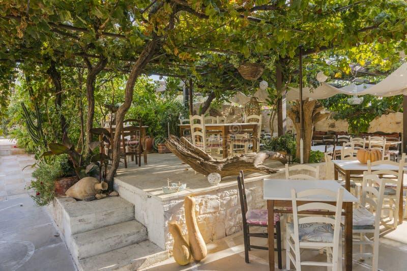 Ταβέρνα στην Κρήτη στοκ φωτογραφία με δικαίωμα ελεύθερης χρήσης