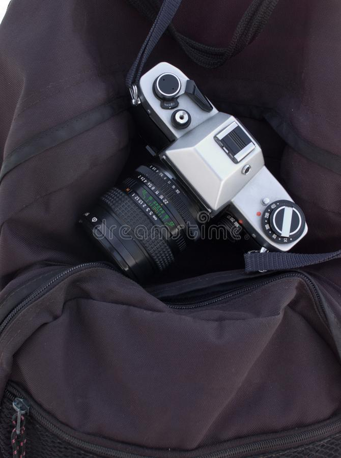 Ταινία-κάμερα στην κάμερα-τσάντα στοκ εικόνες