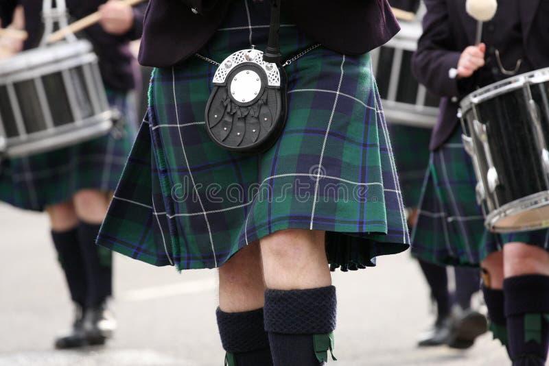 ταλάντευση σκωτσέζικων φουστών στοκ φωτογραφίες με δικαίωμα ελεύθερης χρήσης