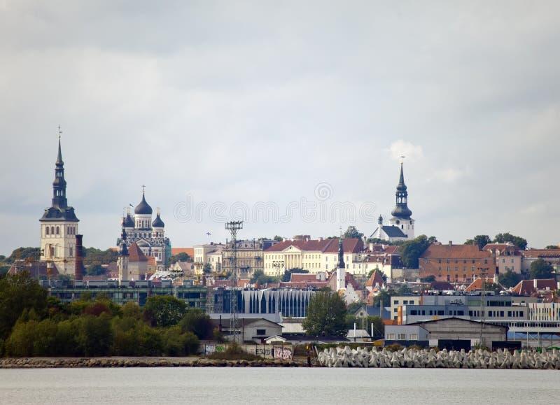 Ταλίν Μια άποψη της πόλης και του λιμένα από τη θάλασσα στοκ εικόνες