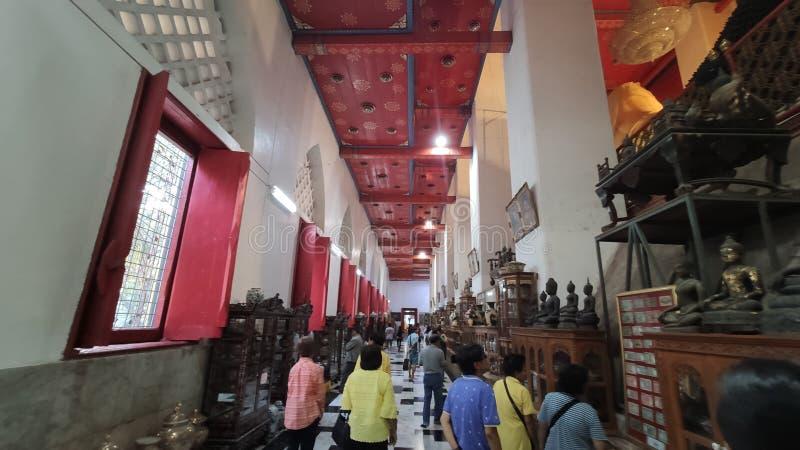 Ταξίδι στον κεντρικό ναό του Sin Buri ThAiland στοκ φωτογραφίες