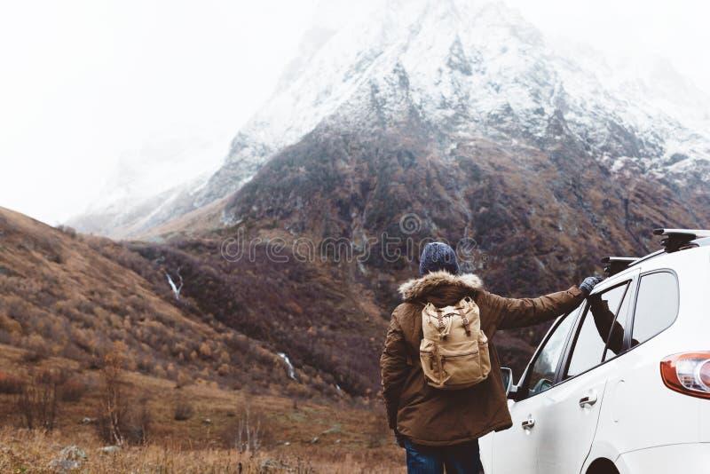 Ταξίδι στα βουνά στοκ εικόνα