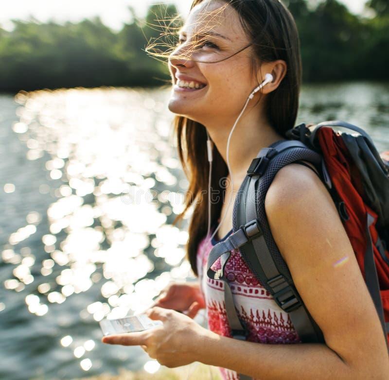 Ταξιδιώτης γυναικών στοκ εικόνες με δικαίωμα ελεύθερης χρήσης