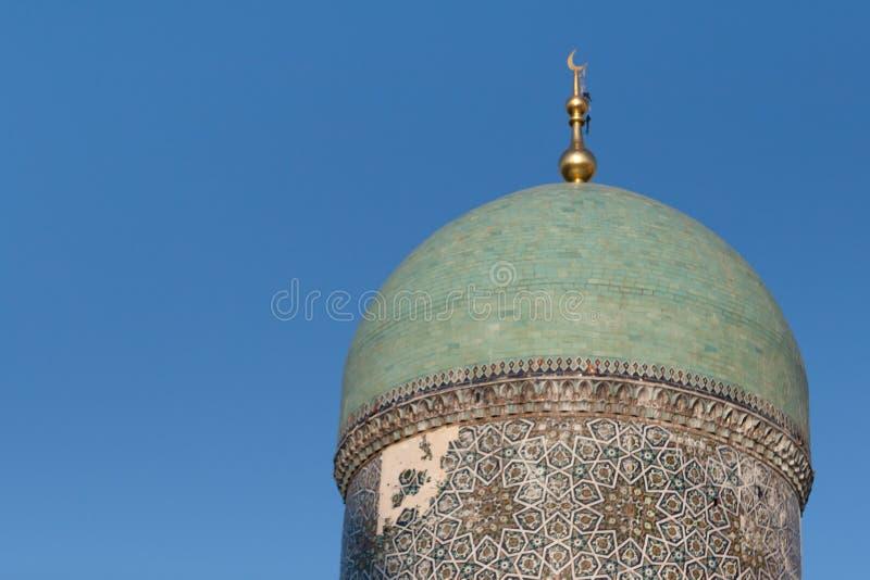 ΤΑΣΚΕΝΔΗ, ΟΥΖΜΠΕΚΙΣΤΑΝ - 9 Δεκεμβρίου 2011: Ιστορικός πύργος στο τετράγωνο ιμαμών Hast στοκ εικόνες με δικαίωμα ελεύθερης χρήσης