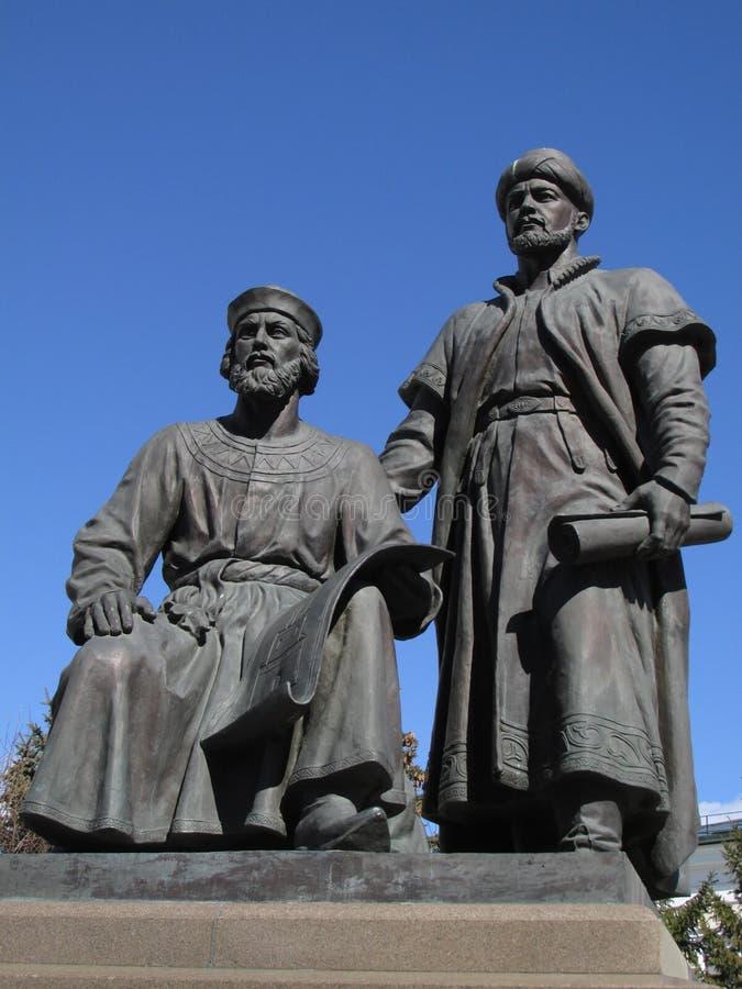 Ταταρία KAZAN ΚΡΕΜΛΙΝΟ Μνημείο στους αρχιτέκτονες Kazan Κρεμλίνο στοκ εικόνες