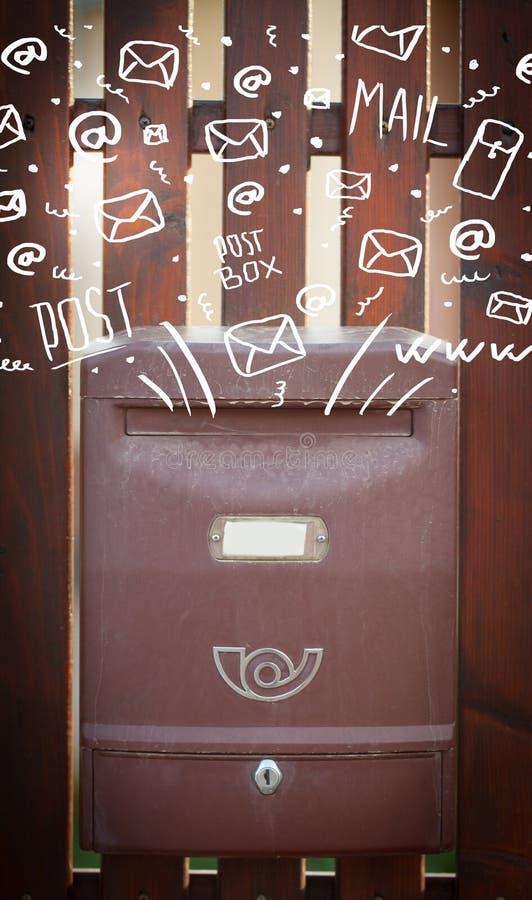 Ταχυδρομικό κουτί με τα άσπρα συρμένα χέρι εικονίδια ταχυδρομείου στοκ εικόνα με δικαίωμα ελεύθερης χρήσης