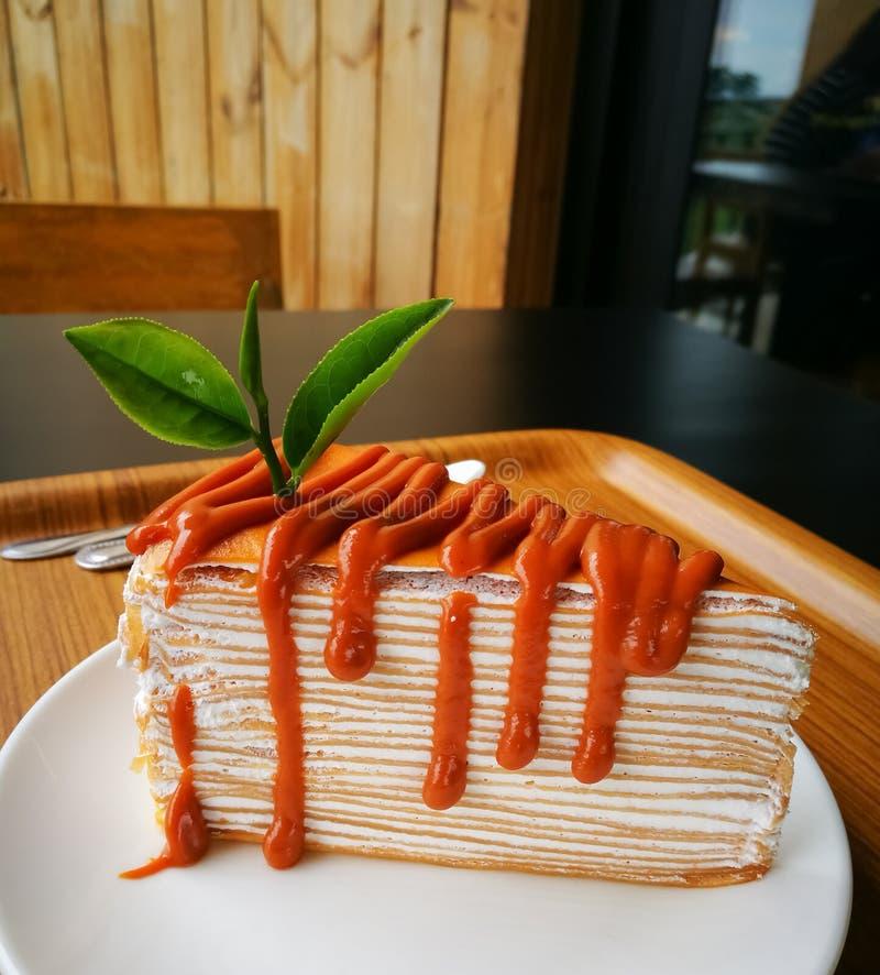 Ταϊλανδικά κέικ τσαγιού και φύλλο τσαγιού στοκ φωτογραφίες με δικαίωμα ελεύθερης χρήσης