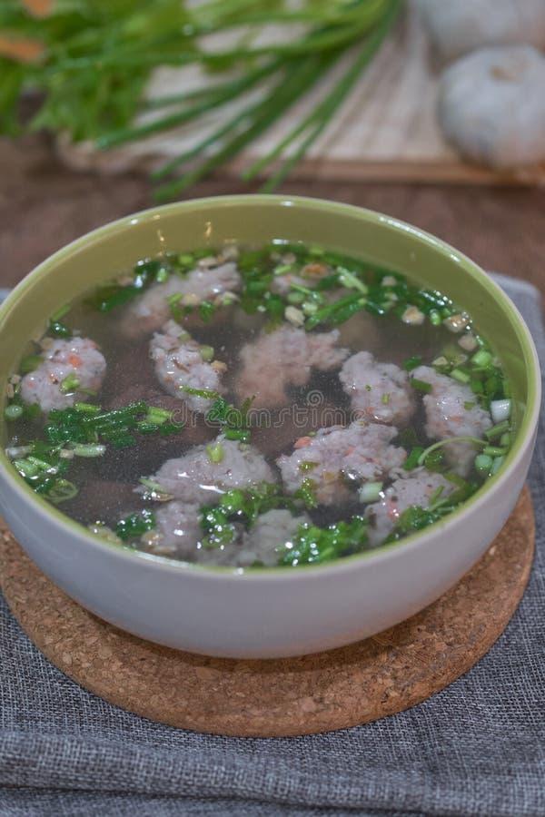 Ταϊλανδική σαφής σούπα ύφους με το καταψυγμένο αίμα χοιρινού κρέατος στοκ φωτογραφία με δικαίωμα ελεύθερης χρήσης