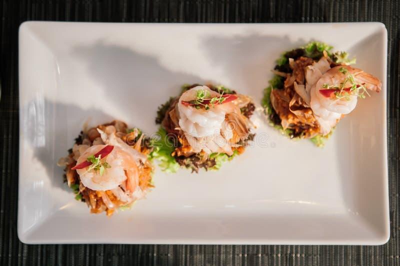 Ταϊλανδική Pomelo σαλάτα με τις γαρίδες ή το SOM Ο Yum στοκ φωτογραφία με δικαίωμα ελεύθερης χρήσης