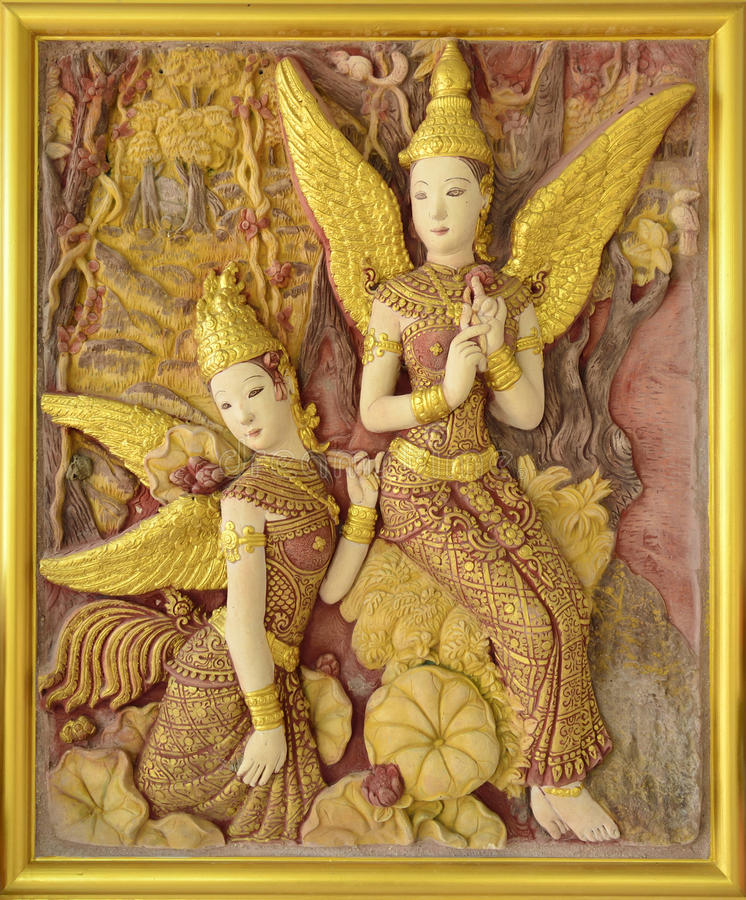 ταϊλανδικός τοίχος παράδοσης ναών γλυπτών στοκ φωτογραφία με δικαίωμα ελεύθερης χρήσης