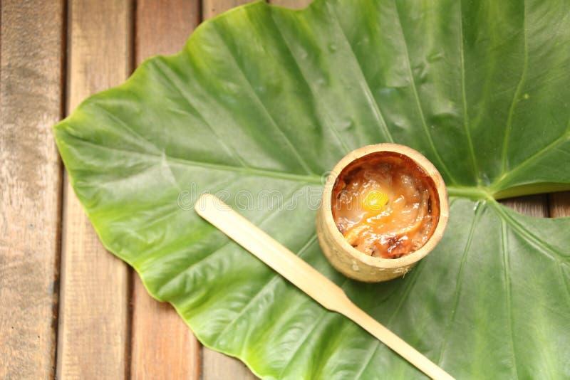 Ταϊλανδικό γλυκό ρύζι μπαμπού ερήμων στοκ εικόνα με δικαίωμα ελεύθερης χρήσης