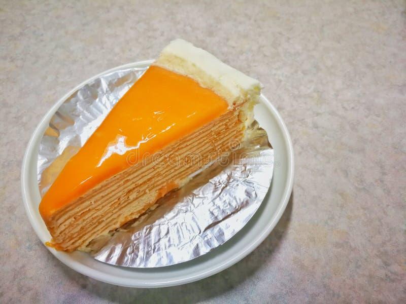 Ταϊλανδικό γλυκό σπιτικό κέικ κέικ υφάσματος κρεπ τσαγιού του επιδορπίου της Ταϊλάνδης στοκ εικόνα