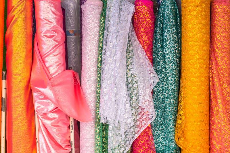 Ταϊλανδικό ινδικό ζωηρόχρωμο κλωστοϋφαντουργικό προϊόν υφάσματος στοκ φωτογραφία με δικαίωμα ελεύθερης χρήσης