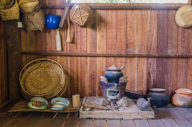 Ταϊλανδικές παλαιές ημέρες κουζινών στοκ εικόνες