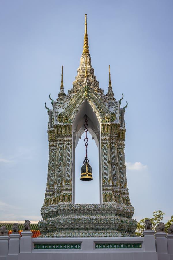 Ταϊλανδικός πύργος κουδουνιών στοκ φωτογραφία με δικαίωμα ελεύθερης χρήσης