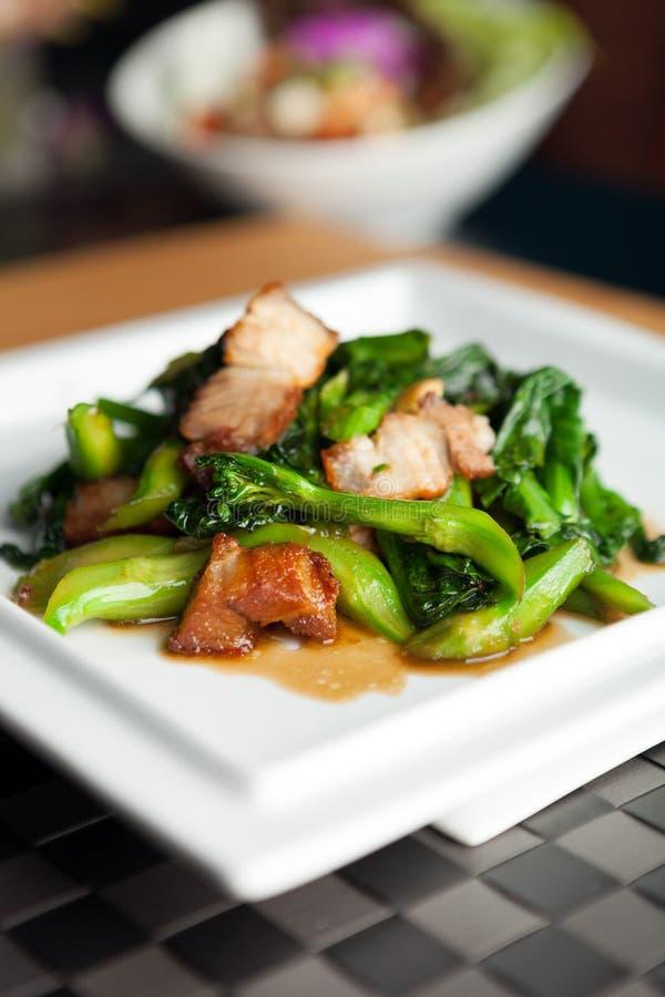 Ταϊλανδικό τριζάτο χοιρινό κρέας ύφους στοκ φωτογραφία