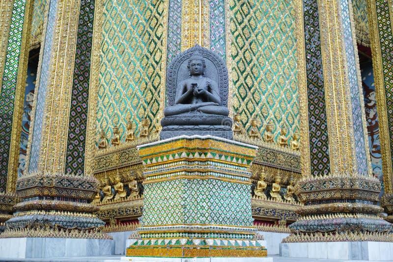 Τα αγάλματα του Βούδα σε Phra Mondop στοκ φωτογραφίες με δικαίωμα ελεύθερης χρήσης