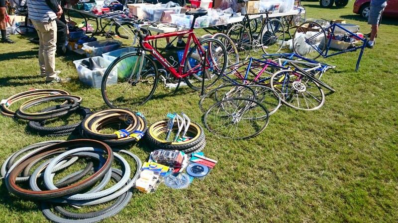 Τα ανταλλακτικά ποδηλάτων για την πώληση στο ποδηλατοδρόμιο του Καντέρμπουρυ στο ετήσιο γεγονός του κλασικού ποδηλάτου ποδηλάτων  στοκ εικόνες με δικαίωμα ελεύθερης χρήσης