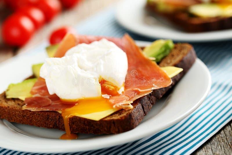τα αυγά κυνήγησαν λαθραί&alph στοκ εικόνες με δικαίωμα ελεύθερης χρήσης