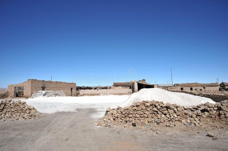Τα αλατισμένα κελάρια στη λίμνη Uyuni στοκ εικόνα με δικαίωμα ελεύθερης χρήσης