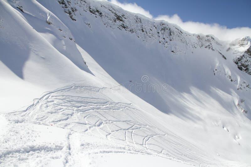 Τα βουνά σε Krasnaya Polyana, Ρωσία στοκ φωτογραφία με δικαίωμα ελεύθερης χρήσης