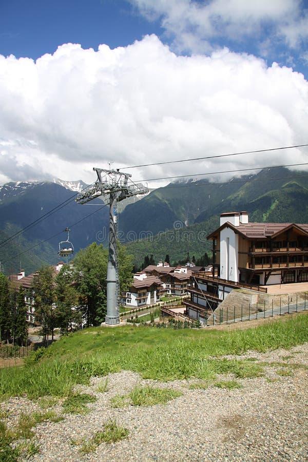 Τα βουνά σε Krasnaya Polyana, Sochi, Ρωσία στοκ εικόνα με δικαίωμα ελεύθερης χρήσης