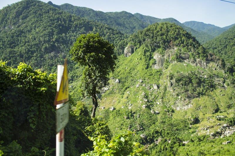 Τα βουνά στοκ εικόνα με δικαίωμα ελεύθερης χρήσης