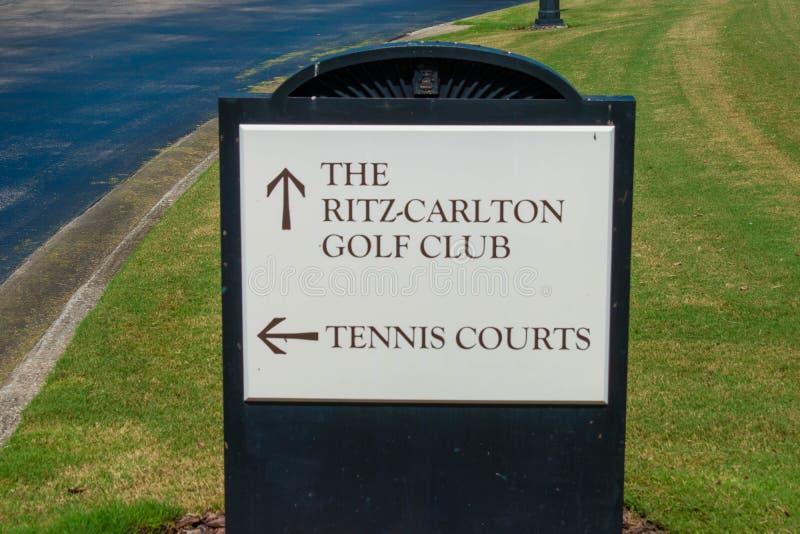 Τα γήπεδα του γκολφ Ritz Carlton υπογράφουν την περιοχή χώρων στάθμευσης Yaung στοκ φωτογραφία με δικαίωμα ελεύθερης χρήσης