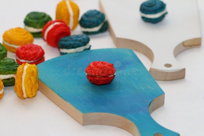 Τα γαλλικά κέικ αμυγδάλων στοκ φωτογραφία με δικαίωμα ελεύθερης χρήσης