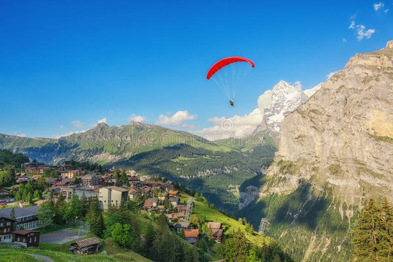 Τα γραφικά περίχωρα της Murren, Ελβετία στοκ εικόνες