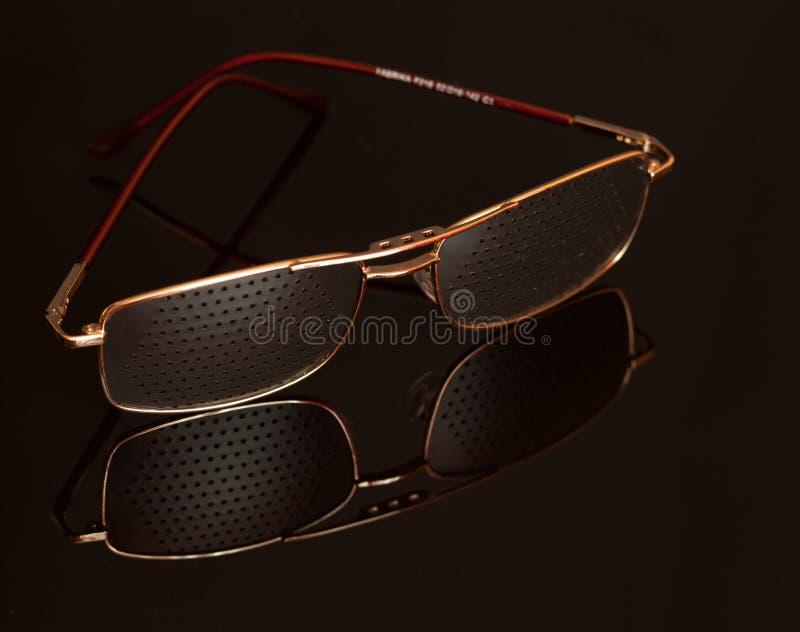 Τα γυαλιά είναι ένα απαραίτητο πράγμα σε κάθε σπίτι στοκ φωτογραφίες με δικαίωμα ελεύθερης χρήσης