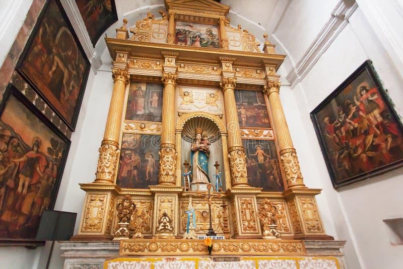 Τα εικονίδια μέσα στο ιστορικό SE Cathedral de Santa Catarina έχτισαν το 1640 στοκ εικόνες με δικαίωμα ελεύθερης χρήσης
