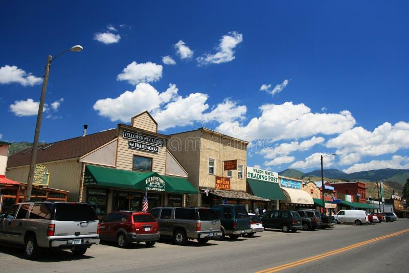 τα εστιατόρια και το δώρο ψωνίζουν κοντά στην είσοδο Yellowstone στοκ φωτογραφία με δικαίωμα ελεύθερης χρήσης
