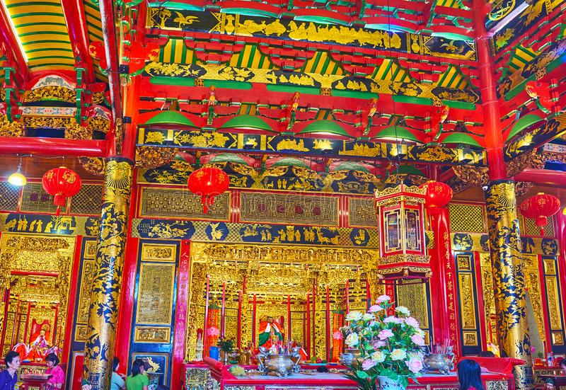 Τα ζωηρόχρωμα σχέδια στο ναό Qingfu, Yangon, το Μιανμάρ στοκ φωτογραφίες