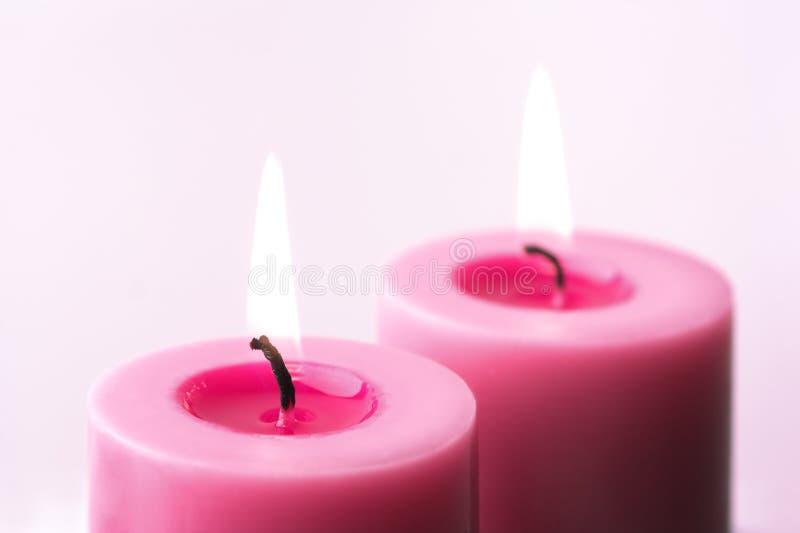 τα κεριά οδοντώνουν δύο στοκ εικόνες