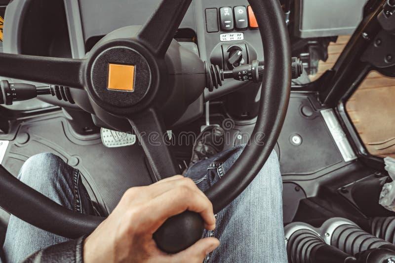 Τα κουμπιά στους βιομηχανικούς εξοπλισμούς στοκ φωτογραφίες με δικαίωμα ελεύθερης χρήσης