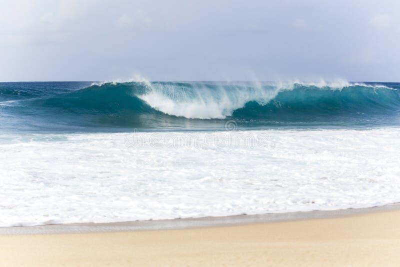 Τα κύματα της σωλήνωσης Banzai, Χαβάη στοκ φωτογραφία με δικαίωμα ελεύθερης χρήσης