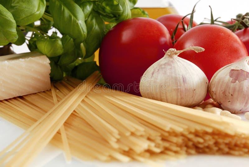 τα μαγειρεύοντας ιταλι&ka στοκ εικόνες