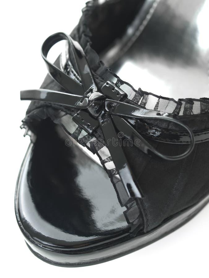 τα μαύρα λεπτά τακούνια υψ&et στοκ εικόνα