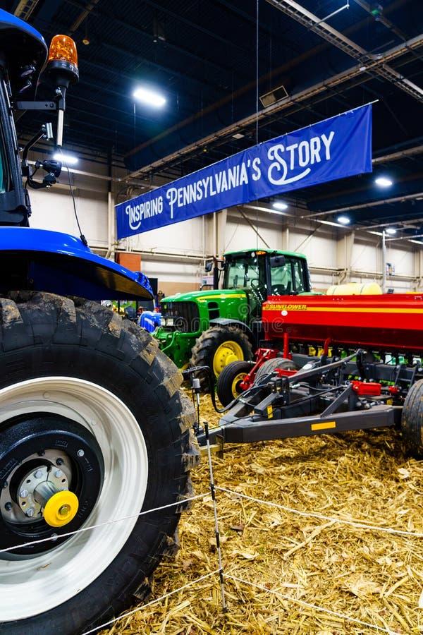 Τα μηχανήματα αγροτικού εξοπλισμού στην επίδειξη στοκ εικόνες με δικαίωμα ελεύθερης χρήσης