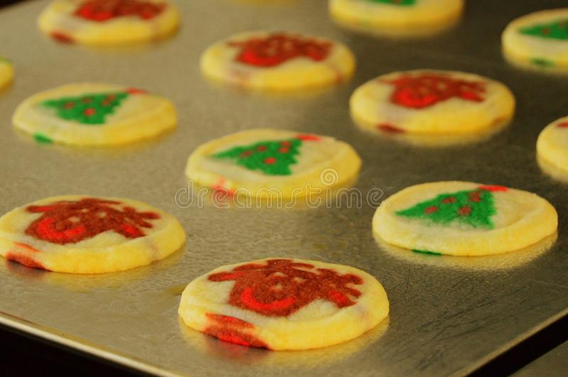 τα μπισκότα Χριστουγέννων βρίσκουν ότι οι εικόνες φαίνονται περισσότερο οι ίδιες σειρές χαρτοφυλακίων μου στοκ φωτογραφία