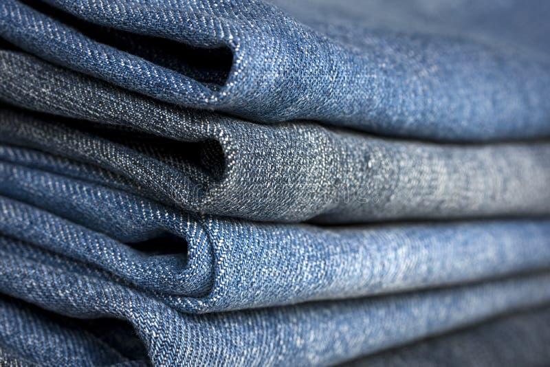 τα μπλε διαφορετικά τζιν & στοκ φωτογραφία με δικαίωμα ελεύθερης χρήσης