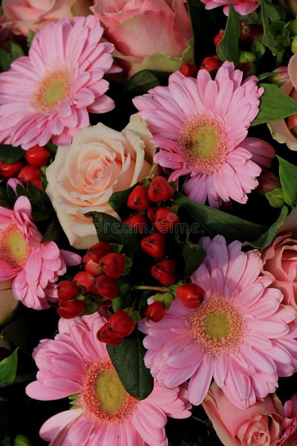 τα λουλούδια ανάμιξαν το στοκ φωτογραφία