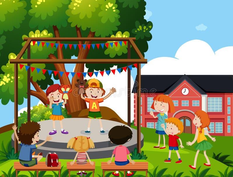 Τα παιδιά εκτελούν τη μαριονέτα παρουσιάζουν στο σχολείο απεικόνιση αποθεμάτων