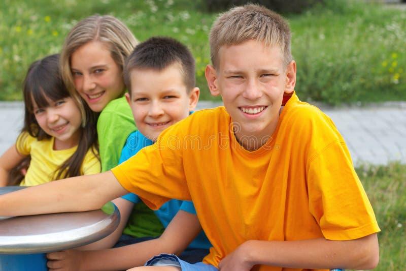 τα παιδιά σταθμεύουν στοκ εικόνα με δικαίωμα ελεύθερης χρήσης