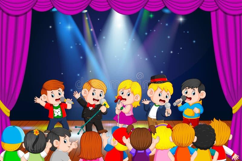 Τα παιδιά τραγουδούν και οι φίλοι τους που απολαμβάνουν το απεικόνιση αποθεμάτων