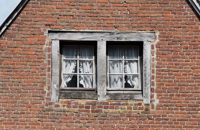 Τα παράθυρα είναι αυτοί στοκ εικόνα