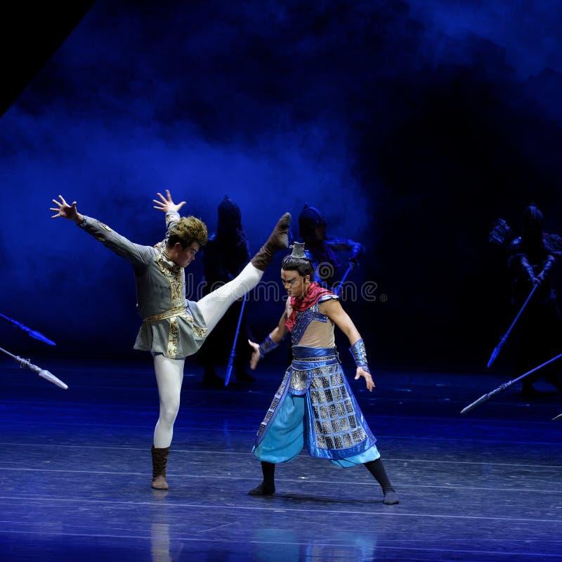 Τα πρωταθλήματα η 1-τέσσερα πράξη ` εμπόδισαν τον εκτελωνισμό ` - επική πριγκήπισσα ` μεταξιού δράματος ` χορού στοκ εικόνα