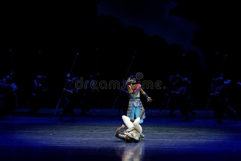 Τα πρωταθλήματα η 2-τέσσερα πράξη ` εμπόδισαν τον εκτελωνισμό ` - επική πριγκήπισσα ` μεταξιού δράματος ` χορού στοκ φωτογραφίες