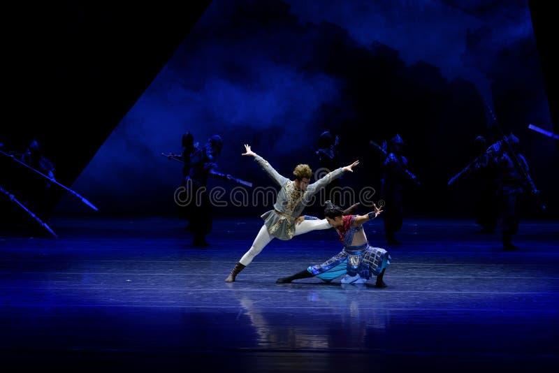 Τα πρωταθλήματα η 2-τέσσερα πράξη ` εμπόδισαν τον εκτελωνισμό ` - επική πριγκήπισσα ` μεταξιού δράματος ` χορού στοκ εικόνες